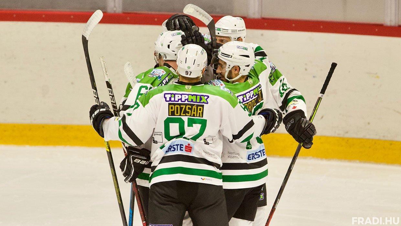 Nagyszerű formában lévő két csapat adott egymásnak randevút az osztrák bázisú nemzetközi jégkorongbajnokság vasárnap esti játéknapján.