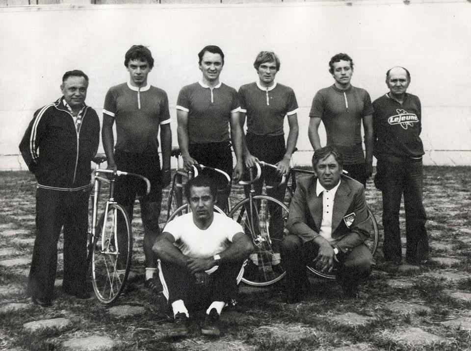 Bürger Ferenc az álló sorban, jobbról a harmadik